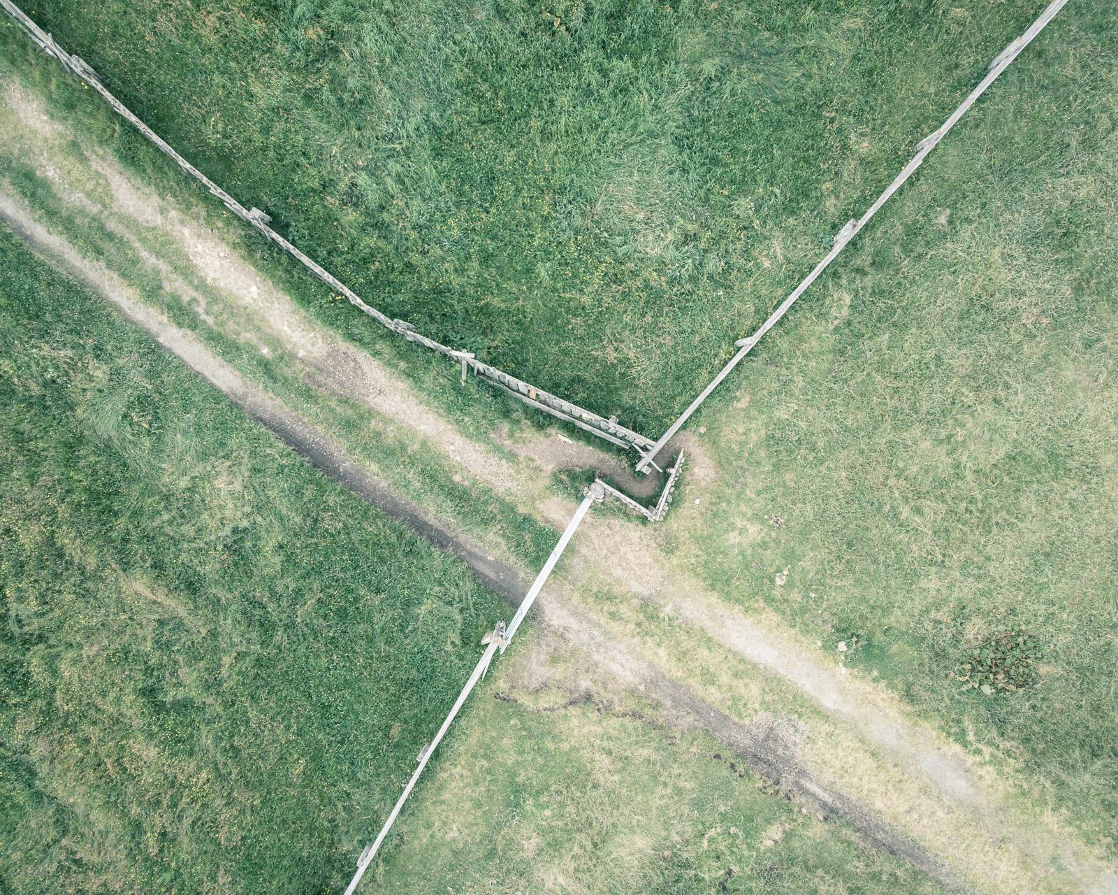 Intersezione tra recinti in dei pascoli alpini, Rodengo (BZ) (46.774149°, 11.785651°)